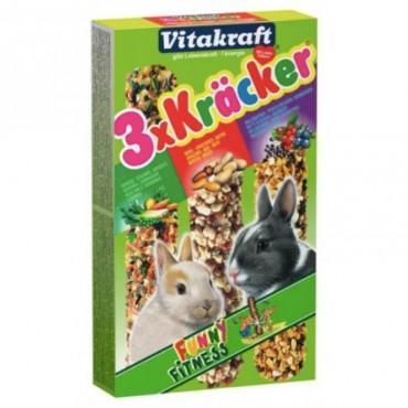 Крекер для кроликов с овощами, орехами и лесными ягодами, 3 шт Vitakraft (25227)