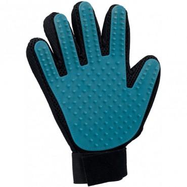 Расчеcка-перчатка для собак и кошек Trixie резиновая (23393)